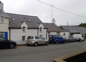 Former tavern called Cefn Amlwch Arms. Now a private house. This is where the dead of the SS Cyprian were brought after she came to grief in 1881 on a rock called Rhosgor.</p> <center><h3>Rhannwch - Share and Enjoy</h3>